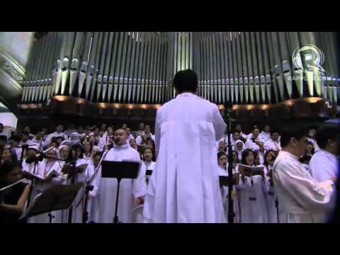 Archdiocesan Choir of Manila sings 'Tell the World of His Love' in Pope Francis mass