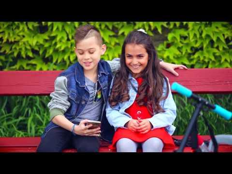 Bódi Csabi - Szerelmes A Nap 2017 Videó Klip