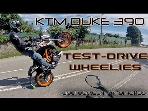 KTM DUKE 390 - Test-drive / Wheelies [RAW]
