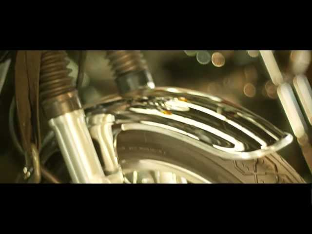 Vid�o EICMA Milan 2013 : Yamaha SR 400, elle revient !