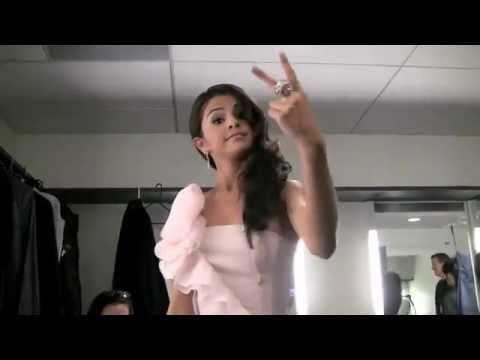 "Selena Gomez Rapping ""Super Bass"""