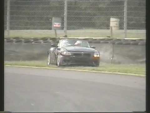 Huge Bmw Z4 crash Video