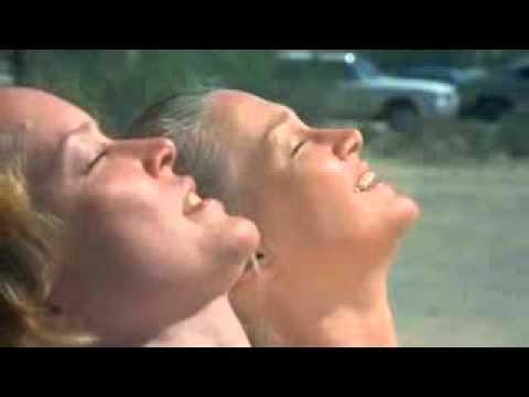 Ellen Burstyn and Diane Ladd in