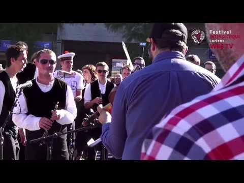Raymon Lazer,samifati vs bagad de Lorient -  Red Bull Boom Bus Acte II