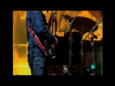 WILCO - KICKING TELEVISION (BARCELONA 2010)