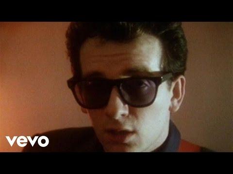 Elvis Costello - Sweet Dreams