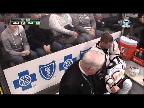 Stephane Robidas vs Corey Perry fight Feb 8 2013 Anaheim Ducks vs Dallas Stars NHL Hockey