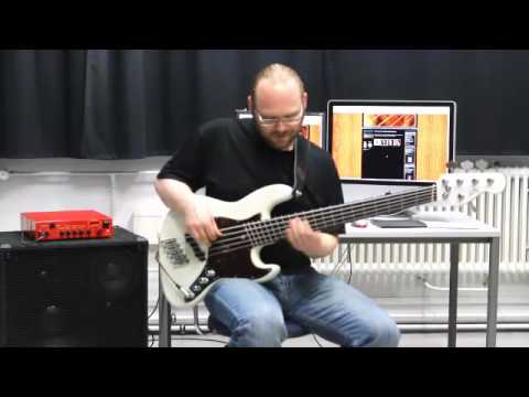 Jazz Bass with Novax Fanned Fret System.mp4