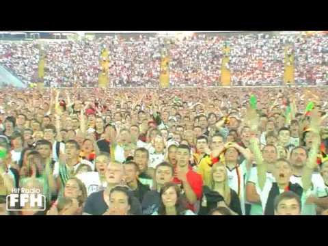 Public Viewing in der Commerzbank-Arena: Deutschland gegen Spanien