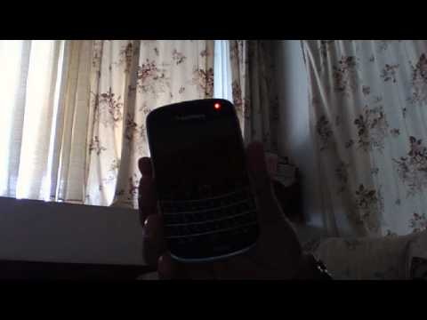 blackberry 9930 flashing red light and wont turn on