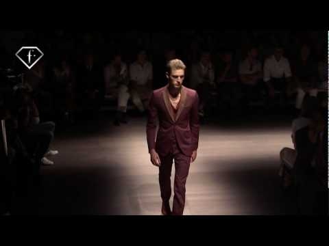 FashionTV I FTV.com - MATT BENSTEAD + SEAN O'PRY - MODELS - MEN S/S 2010 - MILAN Video