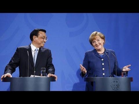 Merkel promete a Li interceder en la batalla de los paneles solares