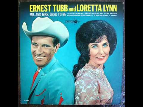 Loretta Lynn - I Reached For The Wine