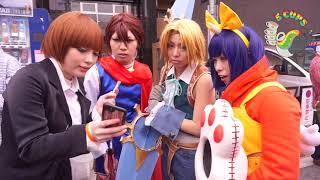 Japanese reacts to Malaysian Cosplayer!