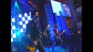 Watch Green Day Teenage Lobotomy video