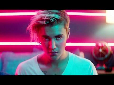 Justin Bieber Shapeshifts Into Huge Reptilian!!!