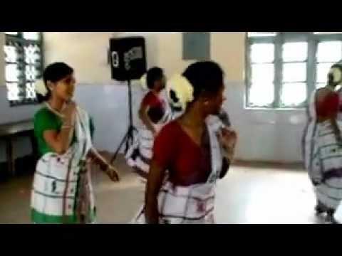 Bhilai Santhal Get Together 2011 (mali Baha Mane...) video