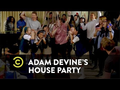 Adam Devine's House Party – Lady Troopers
