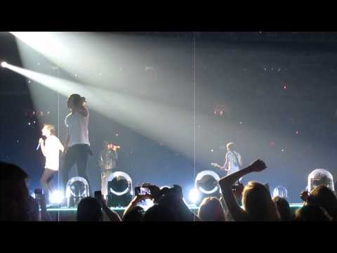 Rock Me - One Direction - St. Louis, MO 8-27-14
