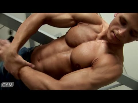 Sexy muscle worship