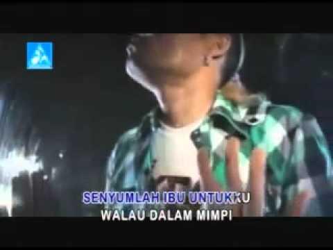 Music video Sule - Senyumlah Ibu - Music Video Muzikoo