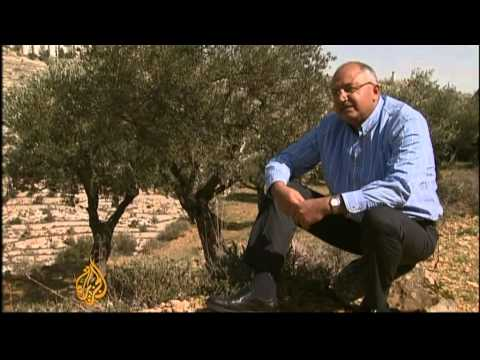 Israel plan to wall off West Bank land defied