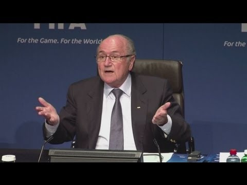 Blatter stands firm over Qatar 2022 debate