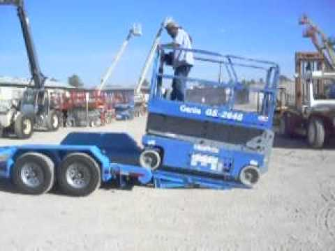 New Ameriquip Aq7t Forklift Trailer Loading A Scissor Lift