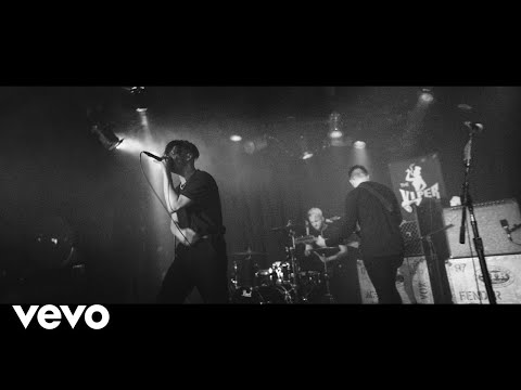 YUNGBLUD - Polygraph Eyes (Live At The Viper Room)
