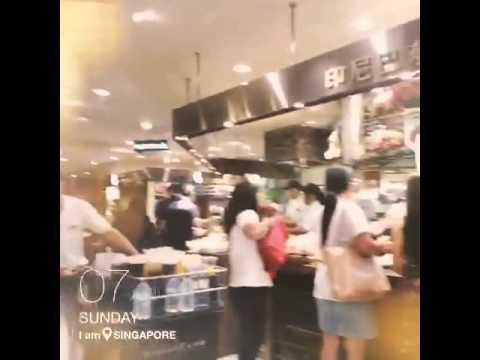 Queen roa in food republic singapore