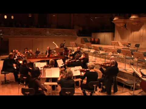 Zurich Chamber Orchestra (ZKO) with Sir Roger Norrington and Sebastian Knauer