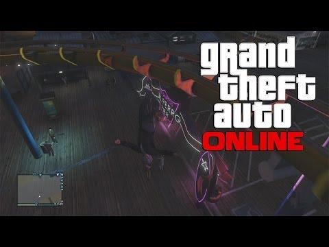 GTA 5 Girlfriend Plays Online Multiplayer #2 - Having Fun at The Beach