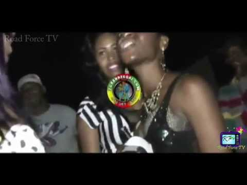 Dangerous Dancehall Fight in JAMAICA - gIRLS Fighting Over Man