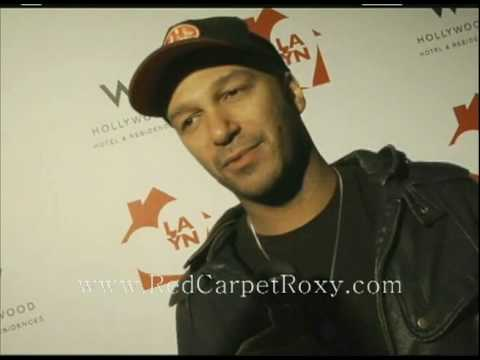 Rage Against the Machine's Tom Morello Interviewed by Red Carpet Roxy