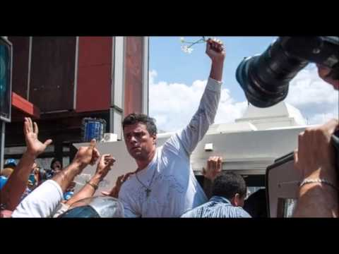 Supporters Gather For Leopoldo Lopez Court Hearing In Venezuela