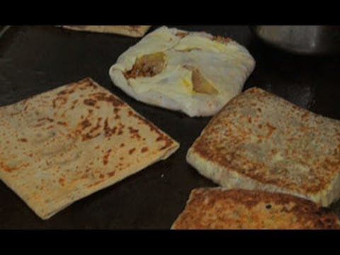 Egg Paratha Making in Mumbai