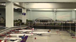 "The biggest HO scale Airport ""Knuffingen"", Miniatur Wunderand, Hamburg, 17 JAN 2014 PART 1 / 2"