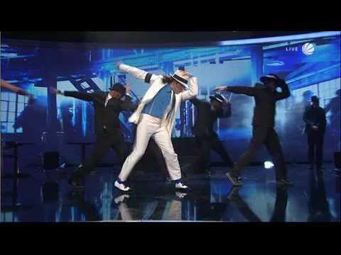 Giovanni Zarrella als Michael Jackson