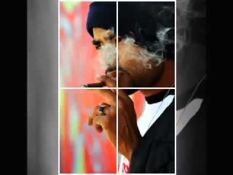Eitbaar-Trust Me (www.bohemia-da-rapstar.blogspot.com)
