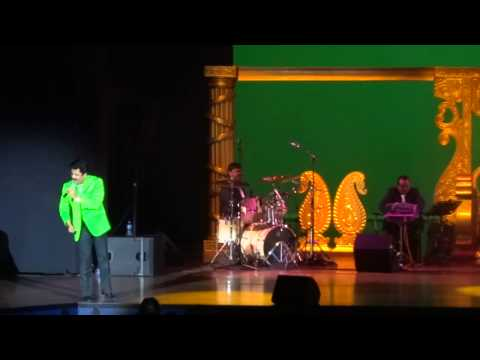 Udit Narayan - Main Yahaan Hoon (veer Zaara) - Live In Concert 2014 - Holland video