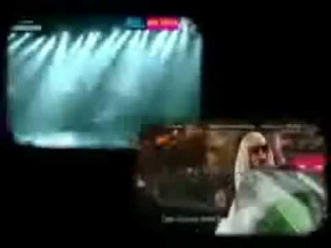 Christina Aguilera - Genie In A Bottle2