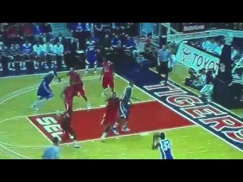 Kentucky Wildcats Basketball 18-0 Video