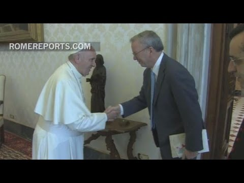 Pope Francis meets with Google executive, Eric Schmidt