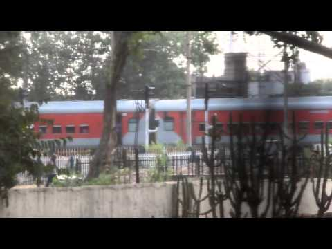 sampoorna kranti express -lhb rake version