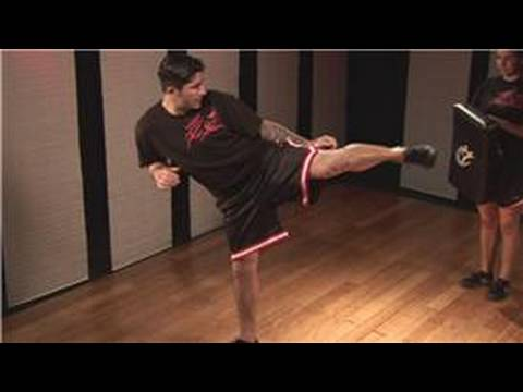 Kickboxing Kick Combos : Kickboxing Combos: Side Kick, Spinning Side Kick Image 1