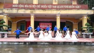 Giải nhất văn nghệ 26-3 lớp 12b1 THPT Nguyễn Trường Thúy