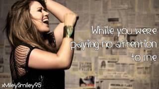 Watch Kelly Clarkson Alone video