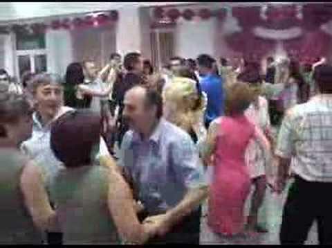 nunta ca la romani-pisate de ras:P