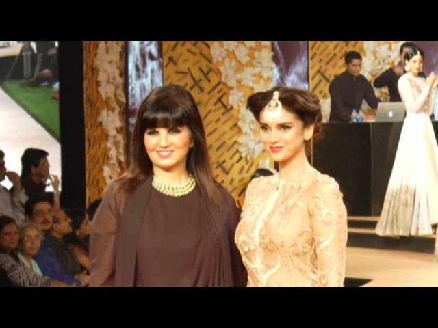 Smooth In Black, White And Golden: Blenders' Pride Fashion Tour Day 1