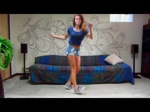 Одна девушка танцует разные стили танцев